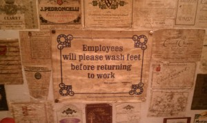 Employee Notice - wash your feet